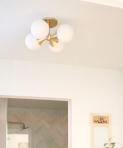 Ceiling light in opal white and gold