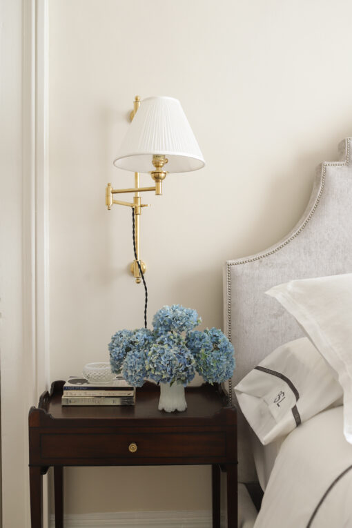 Wall sconce wall light as bedside table lamp